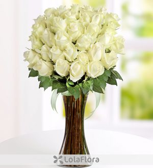 The language of flowers how to pick the perfect rose lolaflora blog lolaflora white roses perfect rose mightylinksfo