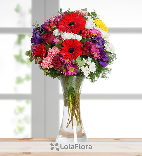 lisianthus and carnations